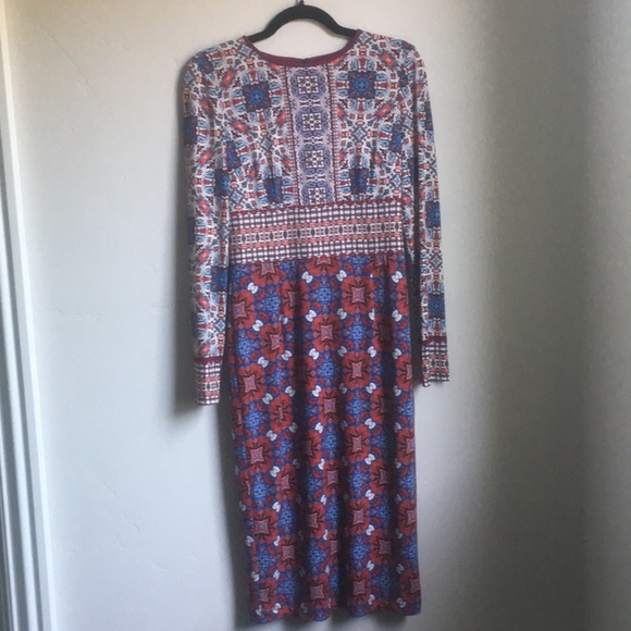 Maggy London Dresses & Skirts - Maggy London Sheath Long Sleeve Dress